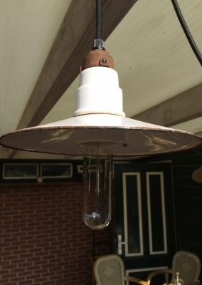 Emaille plafondlampje